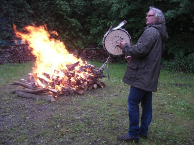 Feuerlauf: calling the fire Spirit